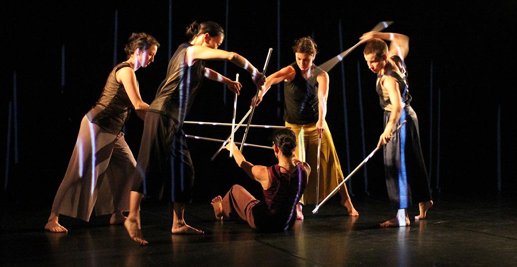 "Bild aus ""objects"", Tanzstück von Nadja Raszewski"