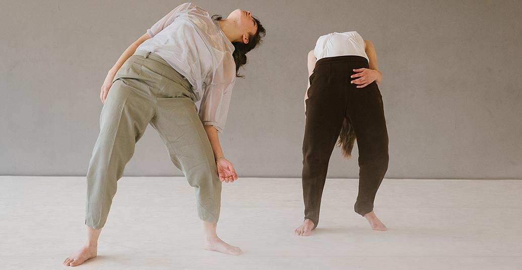 In der Stille bewegt sich etwas weiter: über die Bedeutung von Residenzprogrammen im Tanz